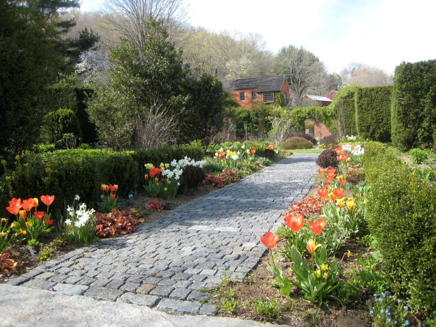 The Clic English Gardens At Hollister House Explore